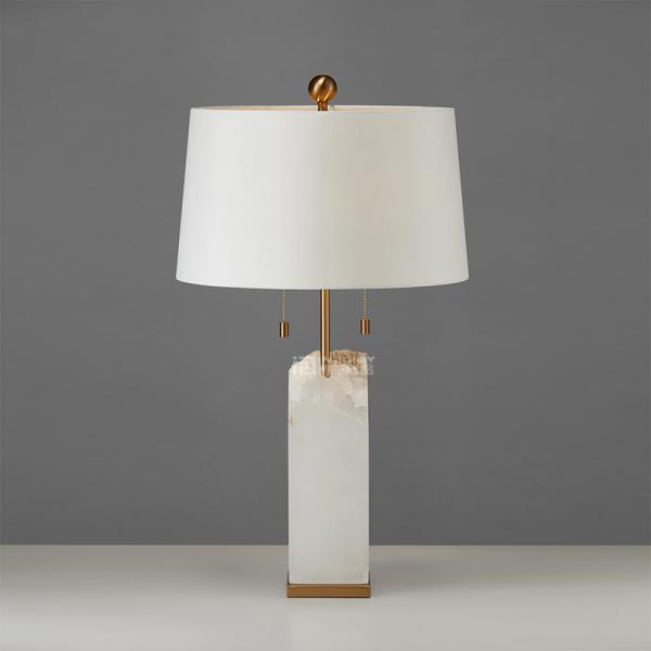 Настольная лампа White Obelisk-9762
